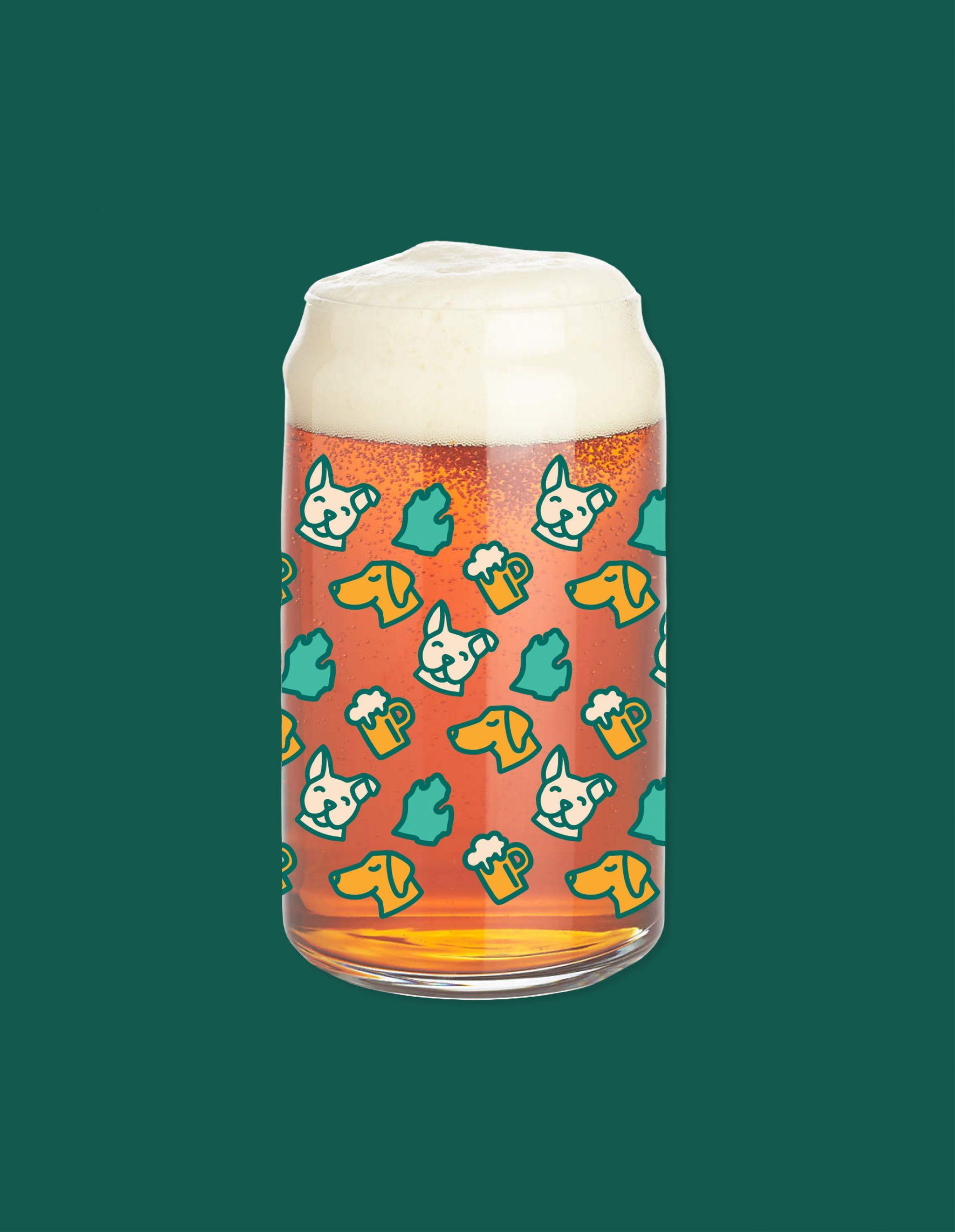 Beer mug with dog and Michigan pattern
