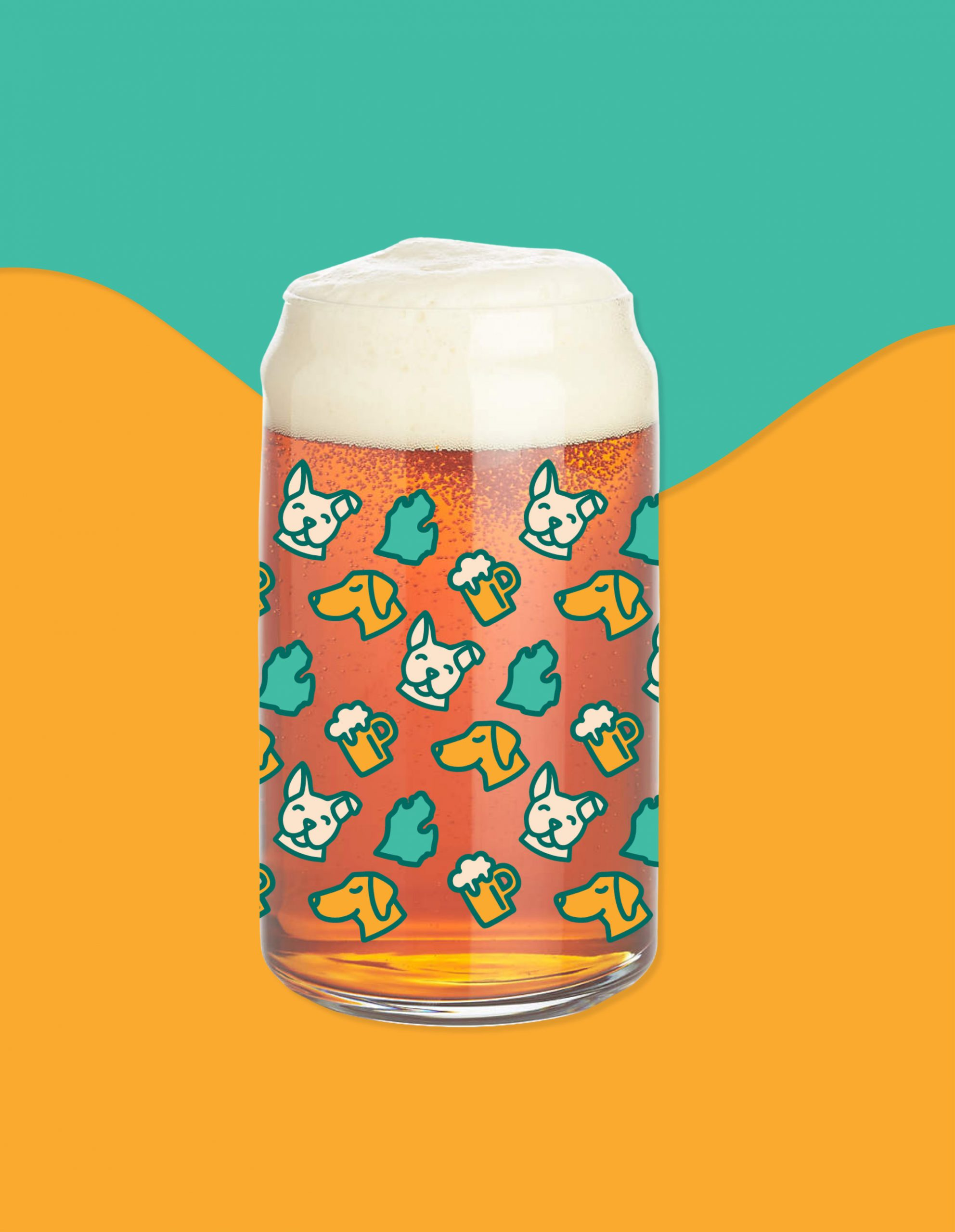 Dog, beer, Michigan pattern on beer mug